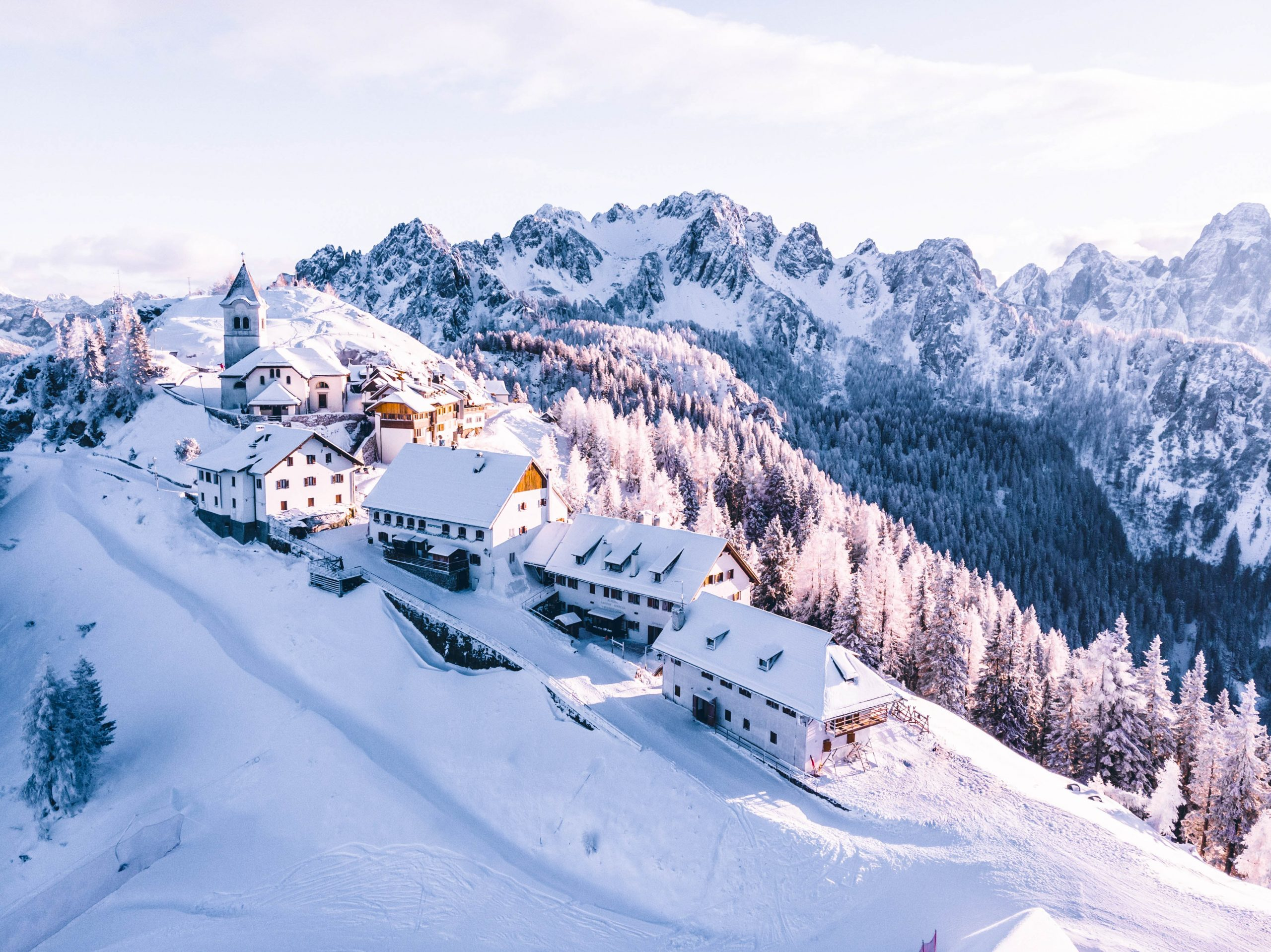 """Featured image for the article """"Stunning Snowy Scenes: Beautiful Pictures of Winter"""" on phmillennia.com"""